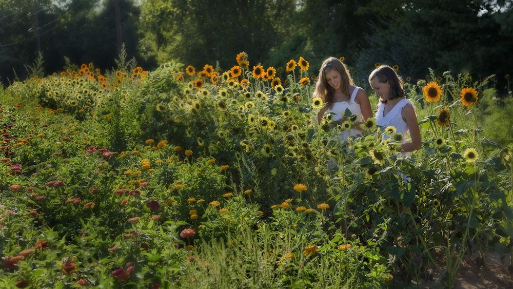 077 Gutt Farm w girls-15 (web)